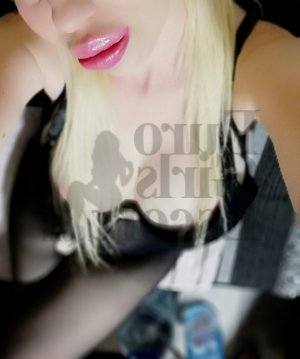 Raluca escort girl