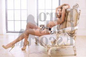 Alixane escort girl