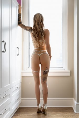 Rose-hélène live escort in Plano Illinois